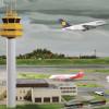 Auf dem Knuffingen Airport finden täglich rund 360 Starts und Landungen statt.