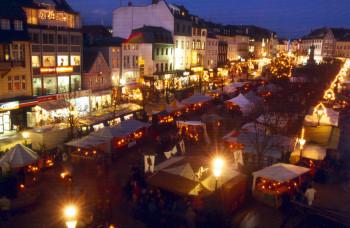 Über fünfzig Marktstände verführen Besucher in die Zeit des Mittelalters.
