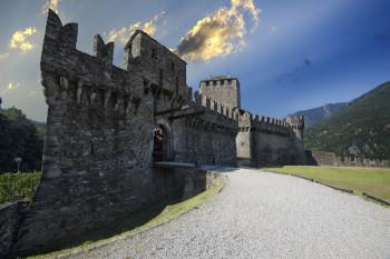 Montebello ist eine von drei Burgen in Bellinzona.