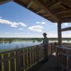 Vom Beobachtungsturm am Stützkower Eiwachhaus am Oderdeich hast du einen tollen Blick über den Nationalpark.