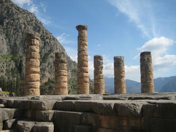 Die Säulen des Apollotempels
