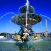 Auch zwei großen Brunnen dürfen auf dem Place de la Concorde natürlich nicht fehlen.