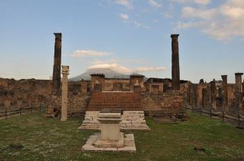 Reste des Apollon Tempels