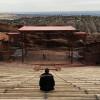 Du warst noch nie im Red Rocks Amphitheater? Das hier ist der atemberaubende Blick, der dich dort erwartet.