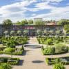 Der Hofgarten mit der Orangerie kann kostenlos besichtigt werden.