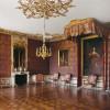 Die Einrichtung ist im Stil des Rokoko gehalten.