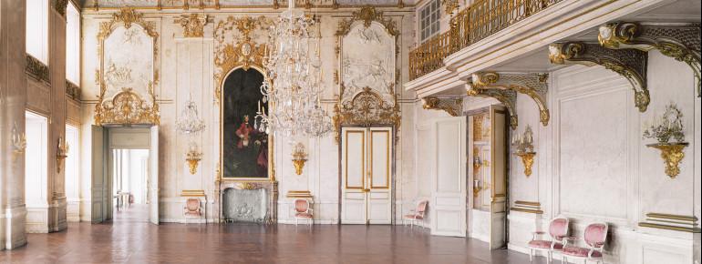 Der Festsaal mit dem Deckenfresko beeindruckt so manchen Besucher.