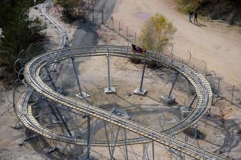Der Monte Coaster liegt am 110 Meter hohen Sandberg Monte Kaolino in der Oberpfalz.