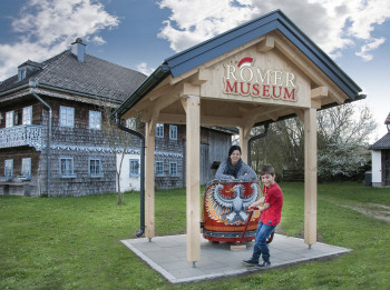 Die Ausstellung des Römer-Erlebnismuseums befindet sich im Ochzethaus in Altheim.