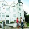 Im historischen Umfeld des Ahrensburger Schlosses können auch Feste gefeiert werden.