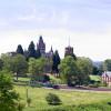 Das Schloss Drachenburg liegt in der romantischen Landschaft des Siebengebirges.