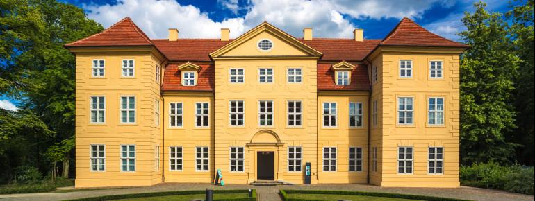 Das Schloss Mirow wurde im 18. Jahrhundert unter dem Baumeister Joachim Borchmann errichtet.