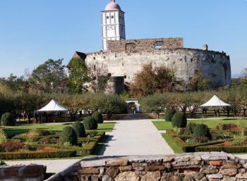 Ein Rundgang auf der Schallaburg wird zur spannenden Zeitreise vom Hochmittelalter bis ins 16. Jahrhungert.