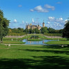 Das Schloss bezaubert rund um seine Mauern durch außergewöhnliche Parkanlagen.