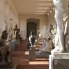 Zahlreiche Skulpturen antiker Helden und Götter findest du im Lapidarium in der Orangerie des Schwetzinger Schlossgartens.