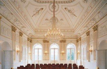 Der 'Weiße Saal' im Schloss Fantaisie