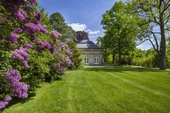 Gartenpavillon im Schlosspark Fantaisie