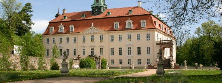 Das Schloss Lichtenwalde wurde von 1722–1726 erbaut.