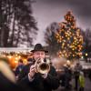 Lausche der weihnachtlichen Musik beim Seeadvent Bad Wiessee.