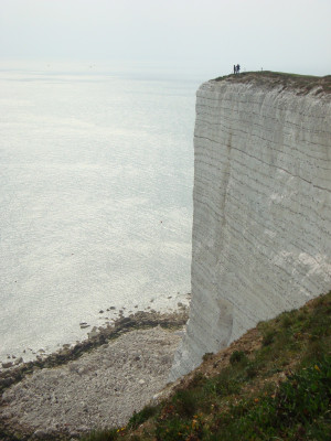 Der Klippenvorsprung ist natürlich entstanden und bietet einen Wahnsinnsblick