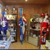 Der ehemalige Sportartikelhändler Christian Lingenhöle initiierte die Ausstellung der Wintersportexponate in Damüls.