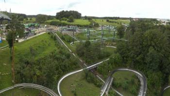 Das Gelände des Erlebnisfelsen Pottenstein umfasst gleich zwei Rodelbahnen.