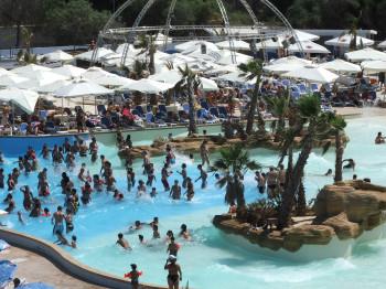 Der Splash & Fun Water Park ist ein Erlebnis für die ganze Familie.