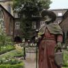 Mitten in der belebten Innenstadt ist der Bibelgarten ein Ort der Ruhe.