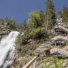 Ein Wegsystem mit 700 Stufen erschließt das Naturschauspiel von allen Seiten.