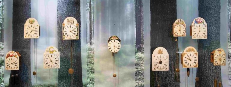 Junghaus orientierte sich in der Anfangszeit an Uhren aus Amerika, baute diese nach und entwickelte sie weiter.