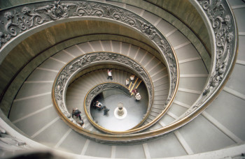 Schon allein die Wendeltreppe in den Vatikanischen Museen ist äußerst sehenswert.