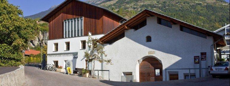Im Vintschger Museum erfährst du mehr über die Geschichte der Region.