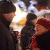 Zur weihnachtlichen Atmosphäre gehört natürlich auch ein Glas Glühwein.