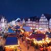 Der Weihnachtsmarkt verwandelt die Altstadt in ein Weihnachtsmärchen.