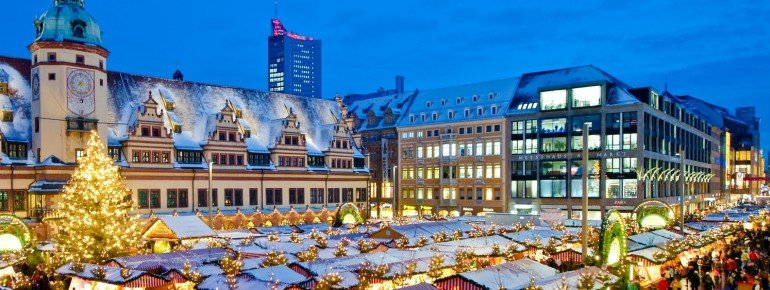 Blick über den Leipziger Weihnachtsmarkt