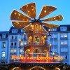 Die Feuerzangenbowlen-pyramide auf dem Nikolaikirchhof