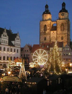 Der Weihnachtsmarkt findet auf dem Wittenberger Markt statt.