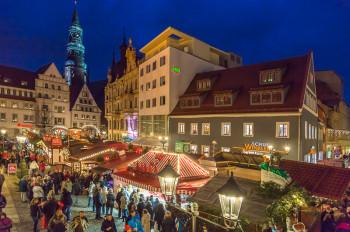 Der Zwickauer Weihnachtsmarkt erstreckt sich durch die historische Altstadt (Hauptmarkt, Münzstraße, Keplerstraße, Marienplatz und Kornmarkt).