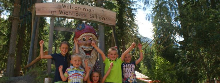 Großen Spaß haben Kinder im Wichtelpark in Sillian.