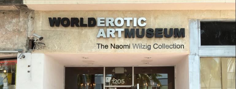 Das World Erotic Art Museum wurde auf der Sammlung von Naomi Wilzig gegründet.