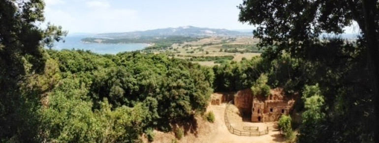 Archeology and a great view: Archeological Park in Baratti and Populonia