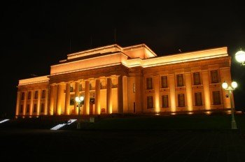 Auckland Museum by night