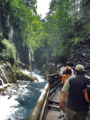 Various programmes help visitors understand nature better.