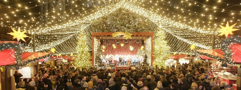 Concerts underneath the starry tent