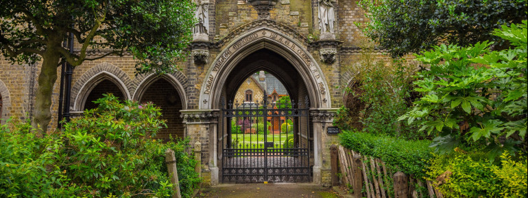 Highgate Cemetery is arguably the most beautiful cemetery of the Magnificent Seven.