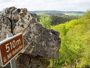 One of the most beautiful hikes at the national park leads you up mount Hohenfels.
