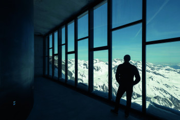 At the Adventure World's panoramic windows you can enjoy a gorgeous view of the Ötztal Alps.