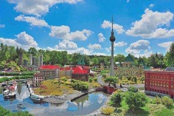 Berlin is right next to Frankfurt at the Miniland.