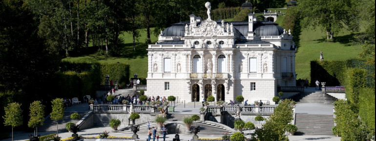 The exterior view of Linderhof Palace.