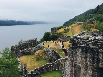 Plenty of tourists cometo Scotland every year to visit Nessie.